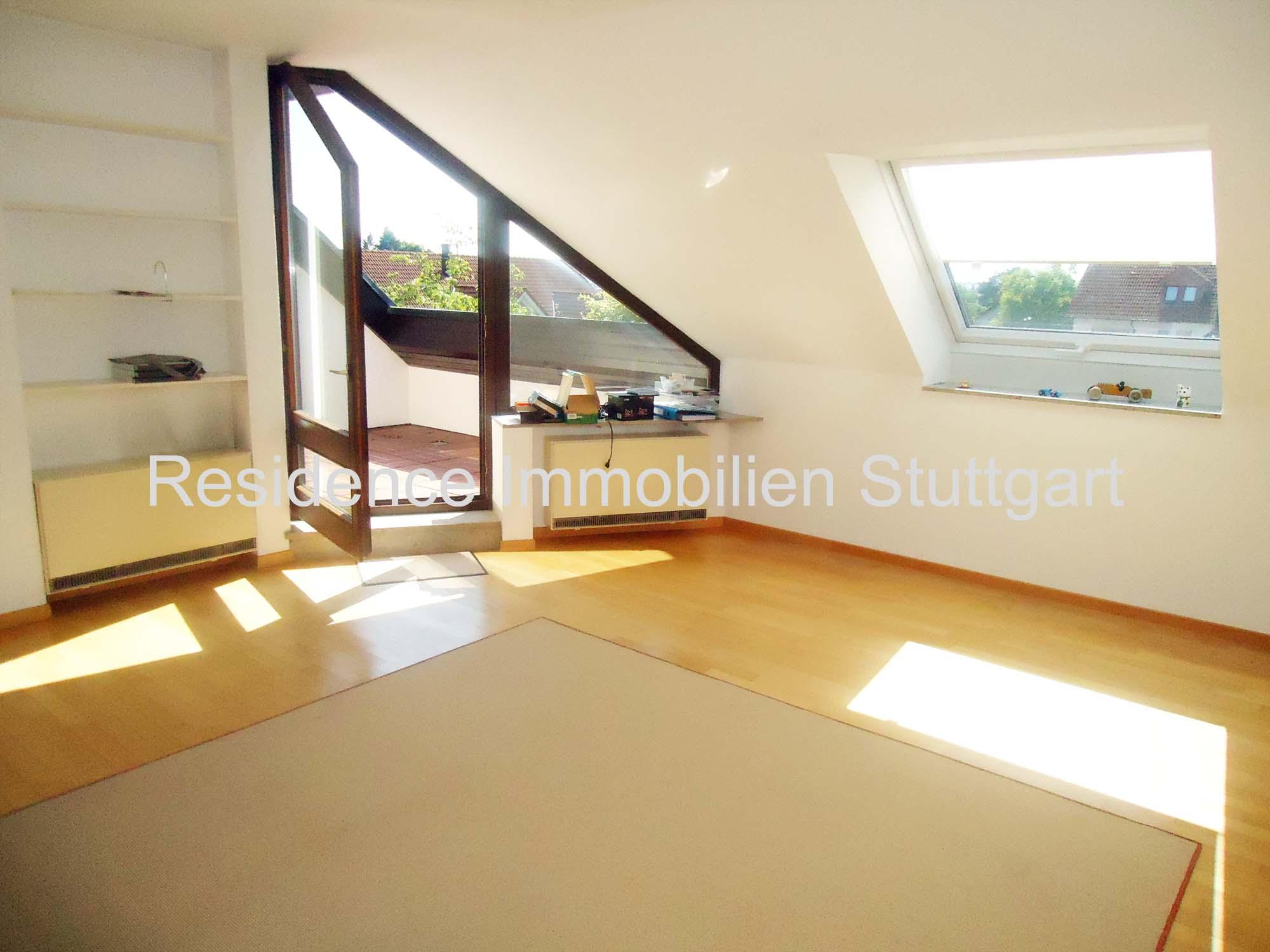 Sonnige Moderne 3 Zimmer Dg Wohnung Mit Sw Balkon In Ostfildern